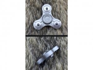 We Knife Premium Finger Spinner (Grey)