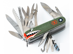 VICTORINOX Swiss Champ Warhawk Limited Edition